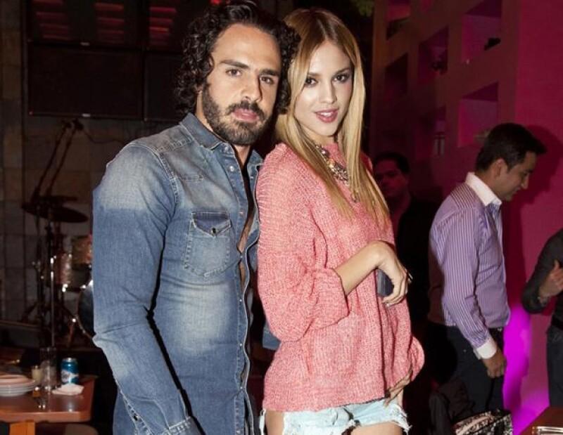 El empresario Pepe Díaz confirmó el término de su noviazgo con Eiza González.