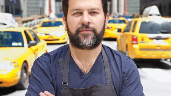 Deslumbró a NY con su primer restaurante internacional: Cosme, que ya tiene tres estrellas de The New York Times, y es uno de los 36 mexicanos a quienes reconocemos en nuestra edición especial de NY.