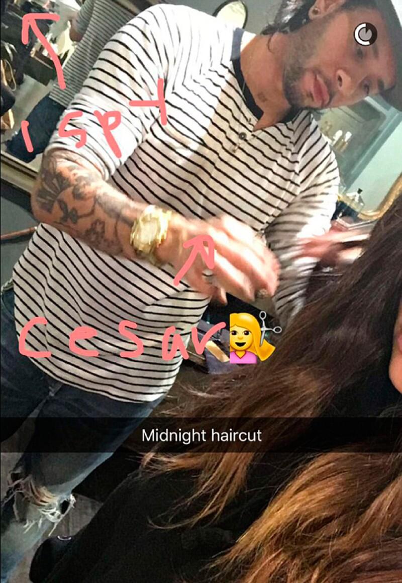 A través de Snapchat Kim documentó el proceso.