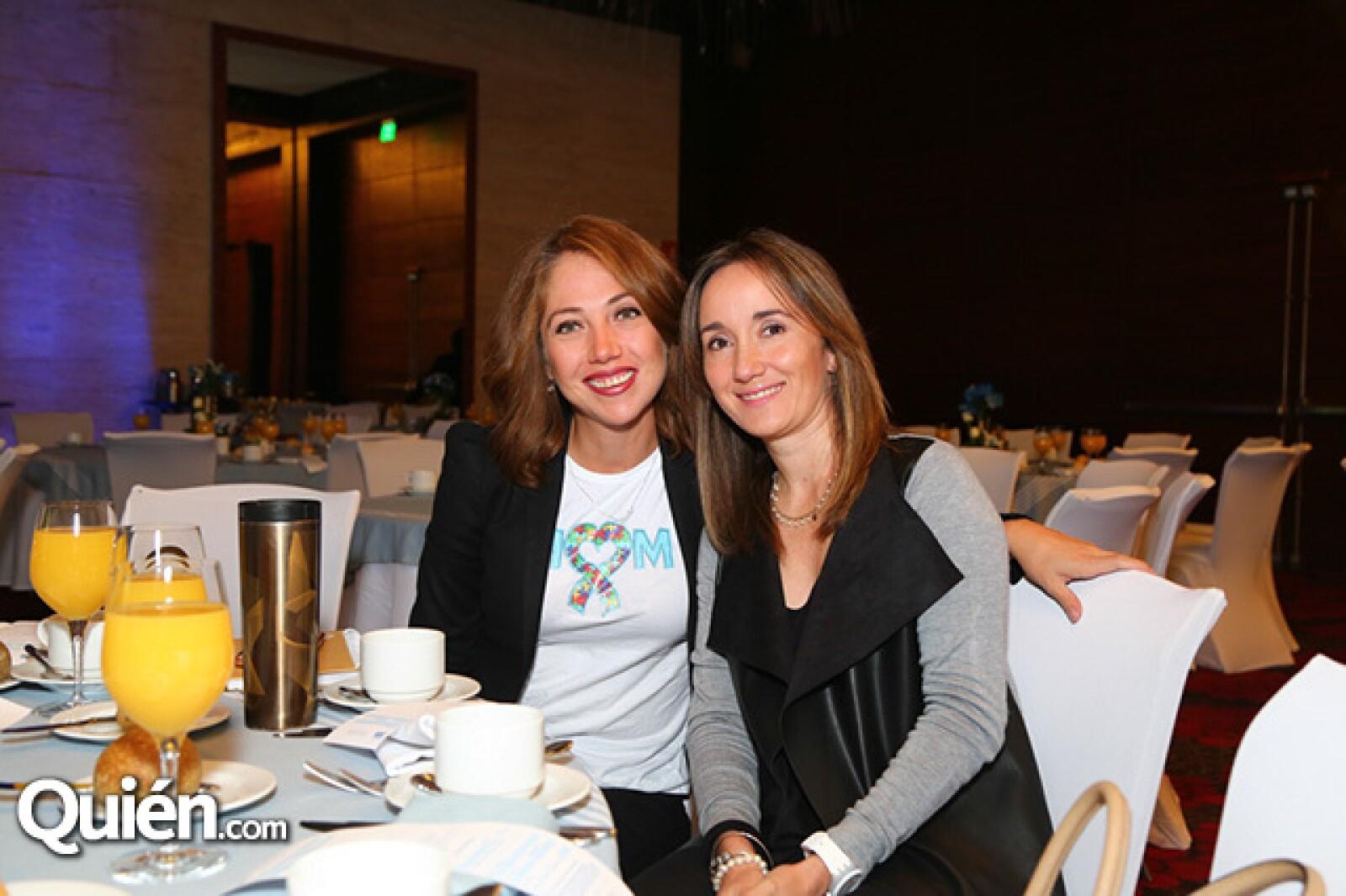 Karla Abundez y Crisanta Escalante