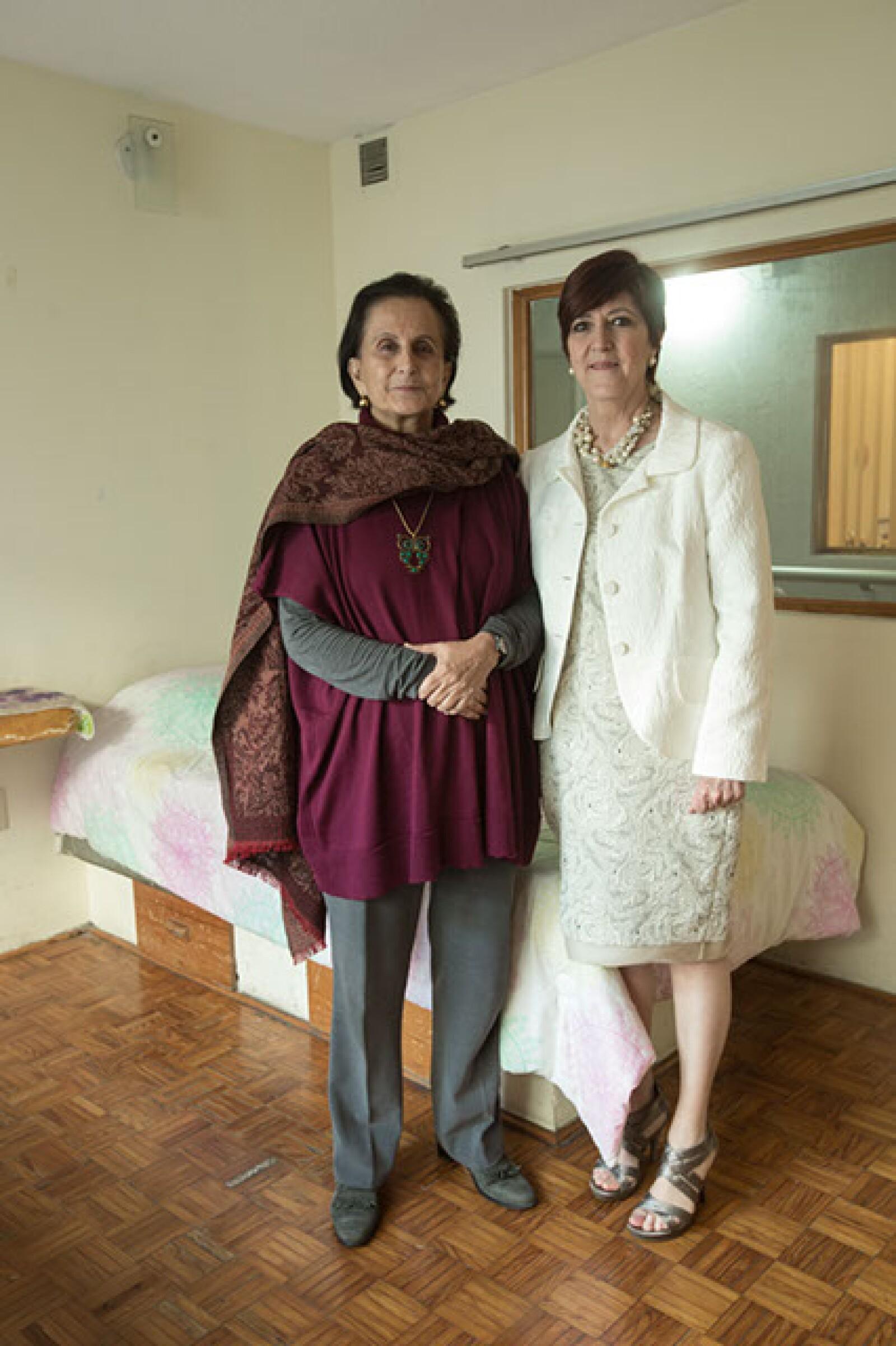 María Angélica,Luna Parra,Alejandra Álvarez