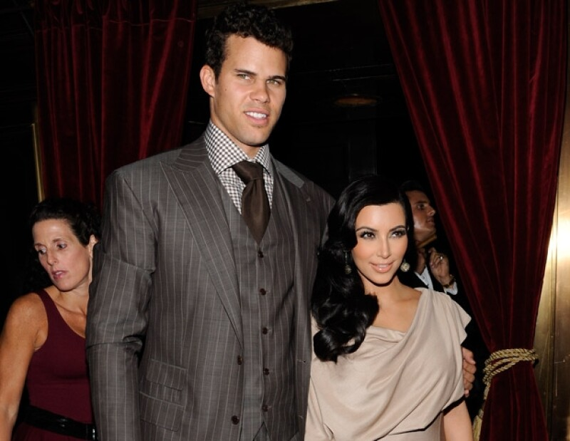 El basquetbolista Chris Humphries y Kim Kardashian son de las parejas del momento.