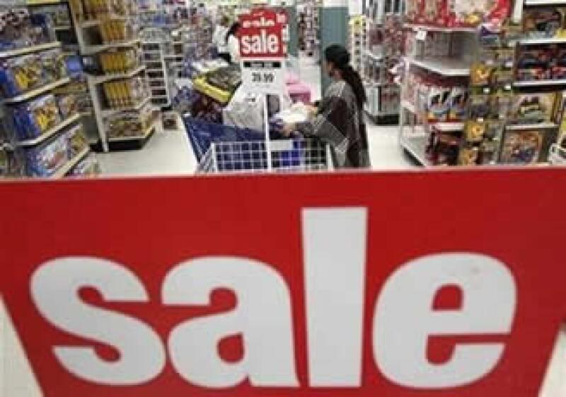 Algunas minoristas abren desde el martes su temporada de 'Ventas Negras' sin esperar al viernes. (Foto: Reuters)
