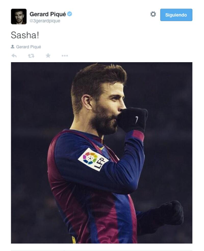 El futbolista compartió en Twitter que el tercero de tres goles que metió el Barcelona contra el Villarreal fue dedicado especialmente a su bebé recién nacido.