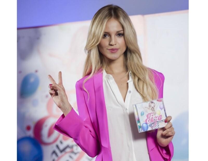 La cantante mexicana lanzó este martes los remixes de su nuevo sencillo, con el que ha tenido mucho éxito.