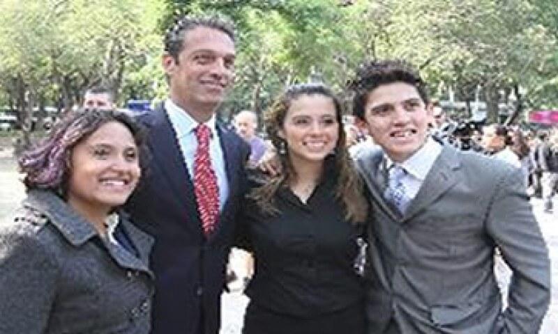 La fundación Carlos Slim ha beneficiado a más de 30 millones con programas de educación, salud, desarrollo económico. (Foto: Notimex )