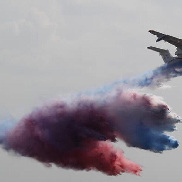 La muestra ocurre mientras Rusia trata de mejorar la imagen de su industria de la aviación, y a la vez asegurar nuevos contratos de exportación.