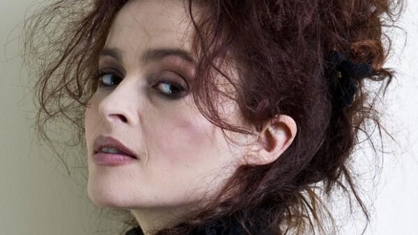 Conocida por su indiscutible talento tanto como por sus locuras dentro y fuera de la alfombra roja, esta actriz inglesa no deja de sorprendernos.