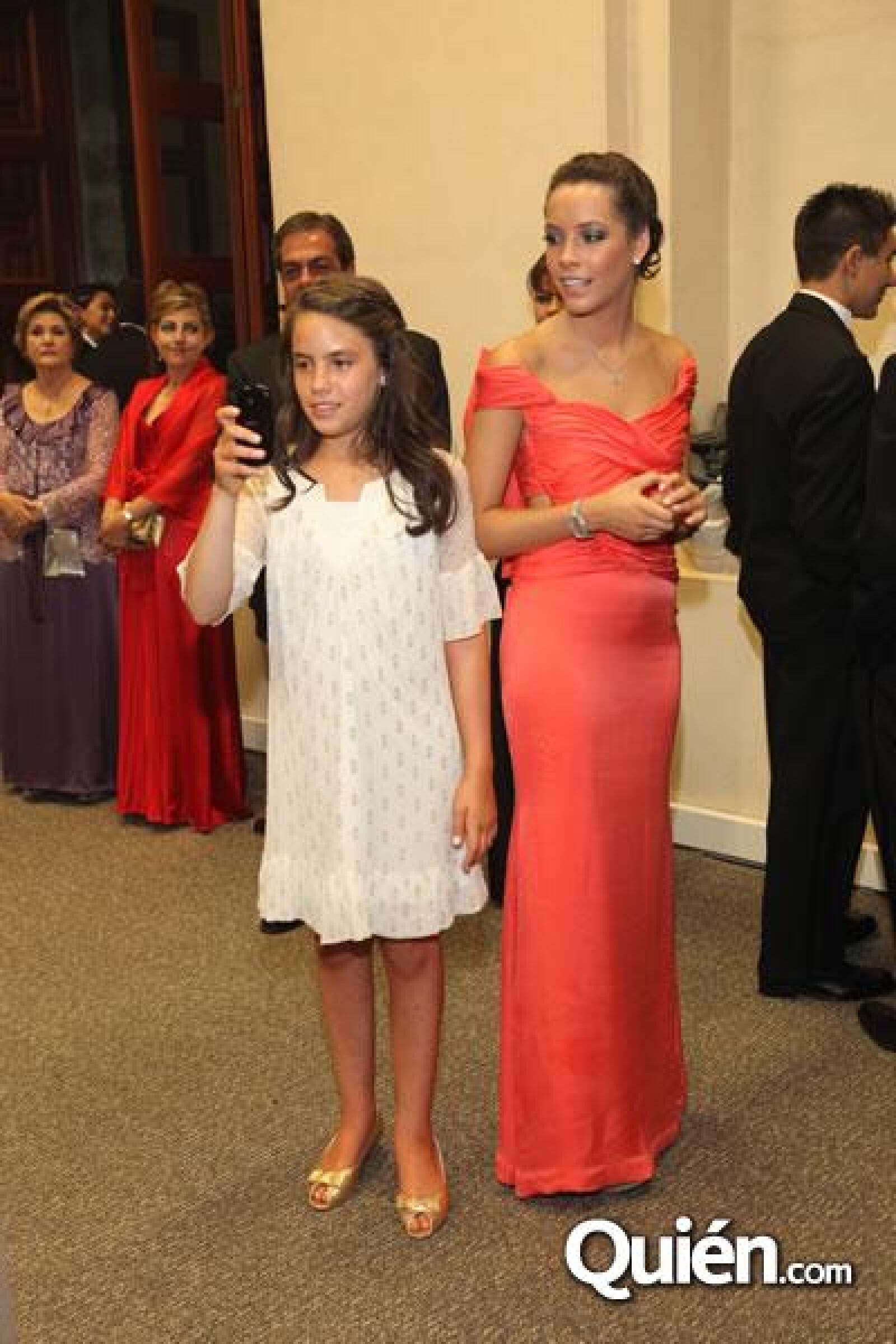 Fernanda de la Vega,Jackie de la Vega