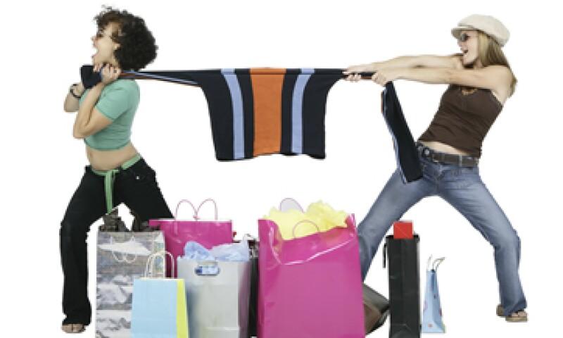 Arrepentirte tras las compras, o sacrificar necesidades básicas son síntomas de compradores compulsivos. (Foto: Thinkstock)