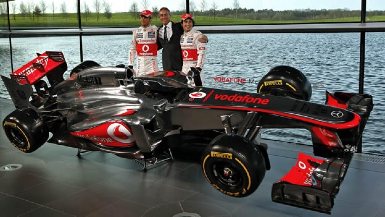 Jenson Button Martin Whitmarsh Sergio Checo Perez