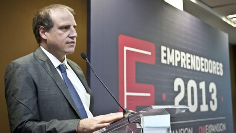 Alberto Bello, director editorial de negocios de Grupo Expansión, dirigió mensaje de bienvenida a los emprendedores participantes.