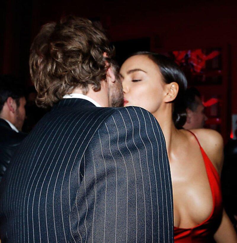La pareja finalmente debutó de manera oficial en la fiesta de L&#39Oreal Red Obssesion en París.