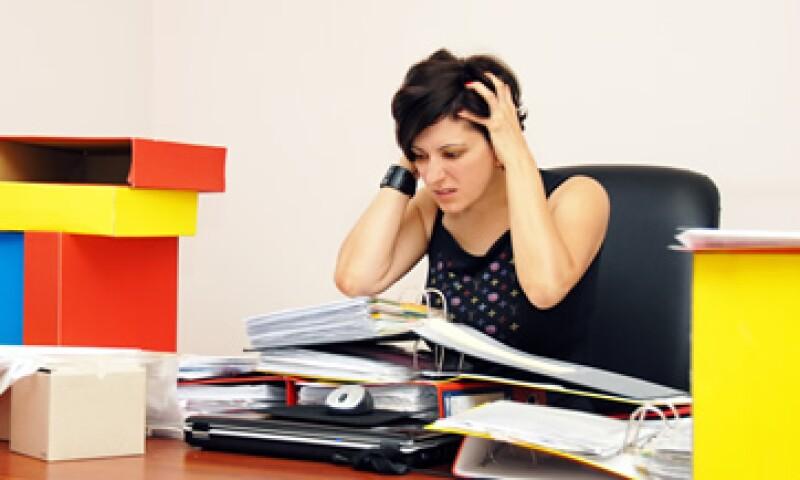 El desgaste ocupacional puede provocar daños a la salud como infartos, hipertensión, insomnio y trastornos sexuales. (Foto: Thinkstock)