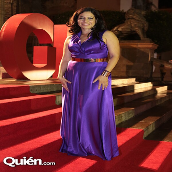 Tiaré Scanda en la red carpet.