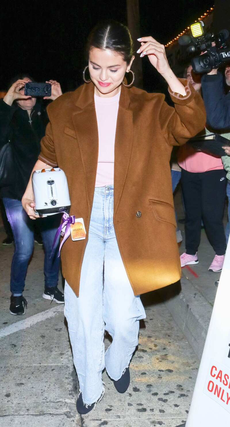 Selena Gomez out and about, Los Angeles, USA - 12 Jan 2020
