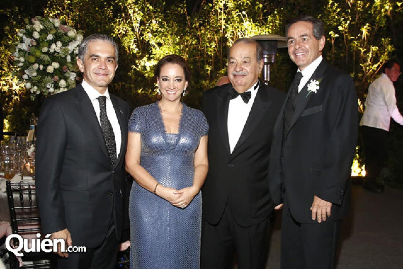 Miguel Ángel Mancera ,Claudia Ruiz Massieu, Carlos Slim y Daniel Goñi