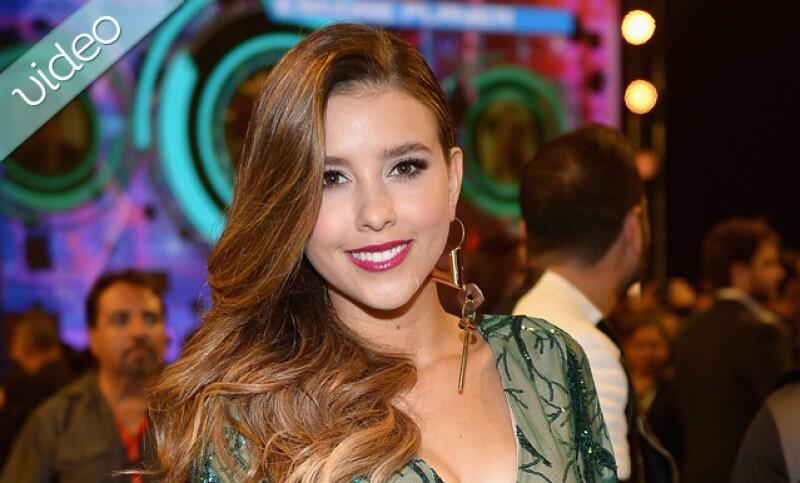 """La interprete de """"Mi corazón es un país"""" alza su voz para cantar por el amor y la paz, además Kourtney Kardashian cerca de ser una top model y Roger González y Carla Medina vuelven a Disney."""