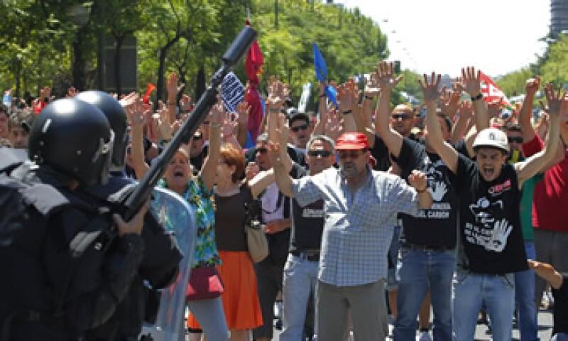 Los mineros llegaron del norte de España a Madrid para protestar por los recortes en el sector.  (Foto: AP)