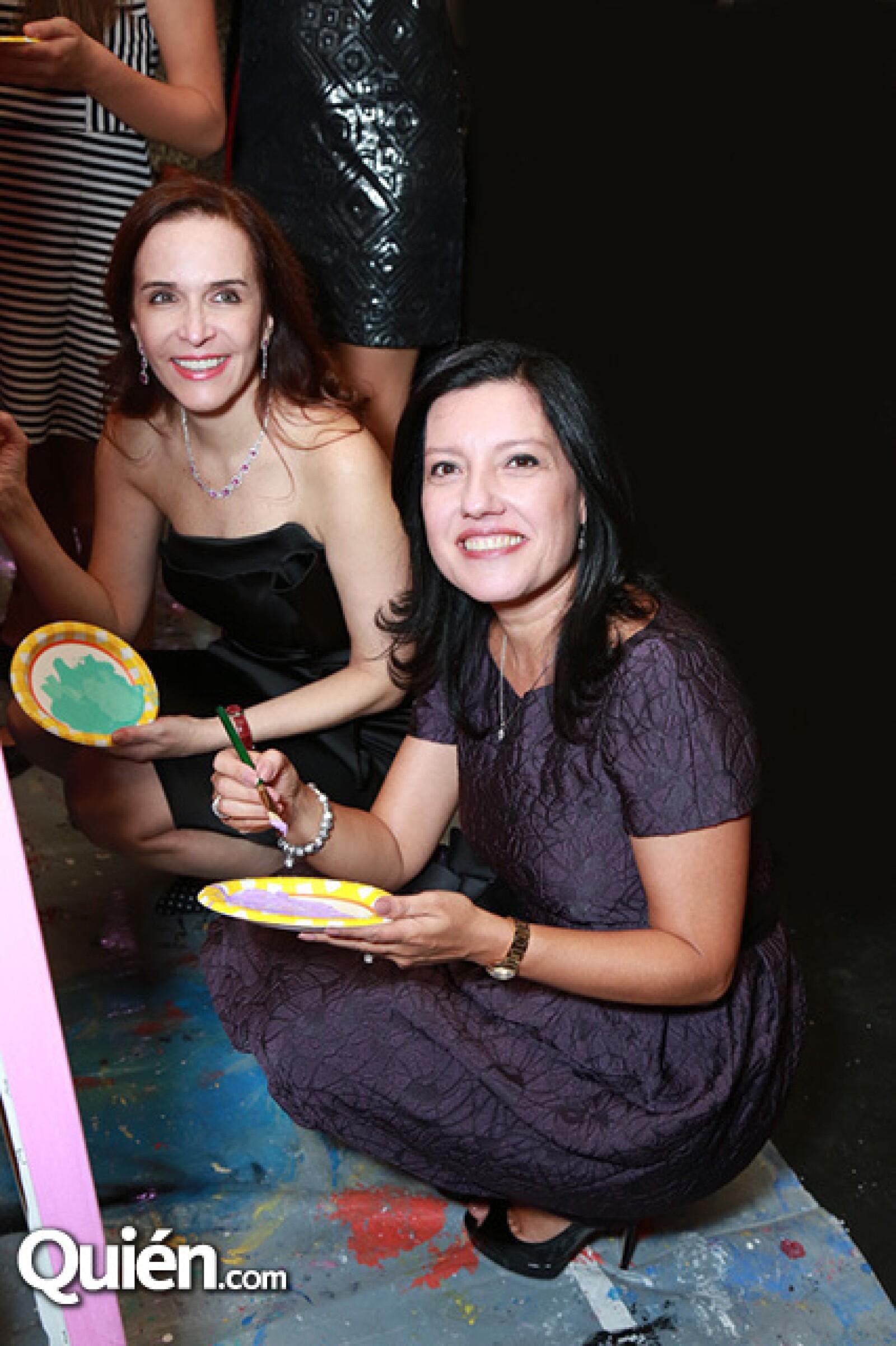 Ninfa López de Jaime y Lorena Salas de Bremer