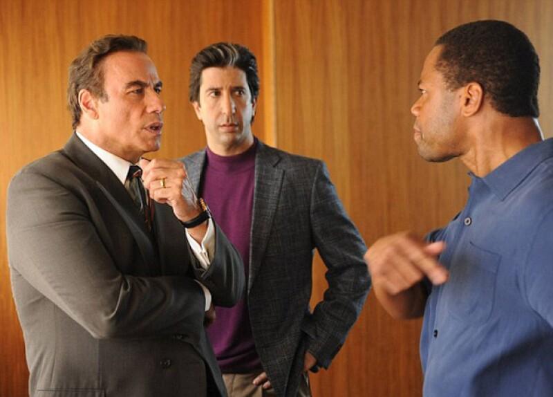 La mini-serie también está protagonizada por David Schwimmer, quien da vida a Robert Kardashian y Cuba Gooding Jr. como OJ Simpson.