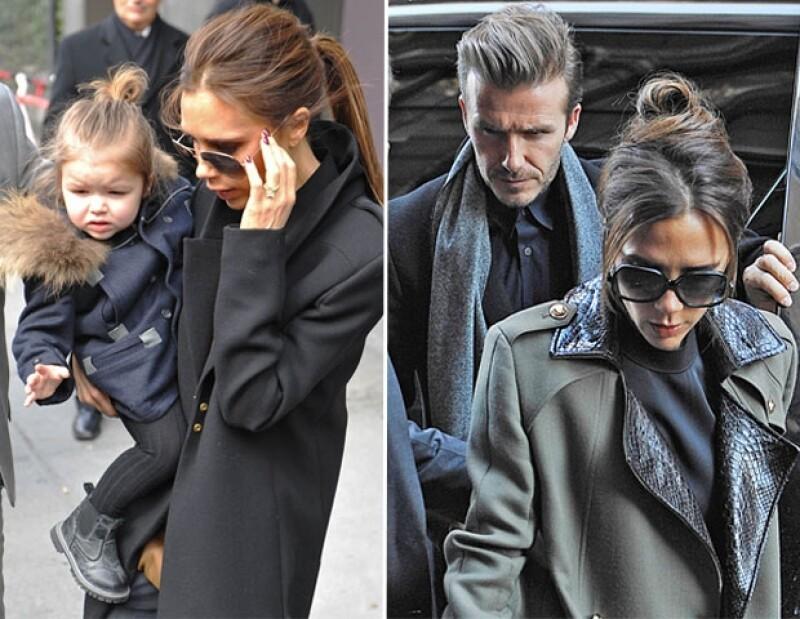 Harper estuvo atenta al desfile en las piernas de su niñera, desde la segunda fila. Mientras que David no la defraudó y estuvo con ella en su debut en el Fashion Week.
