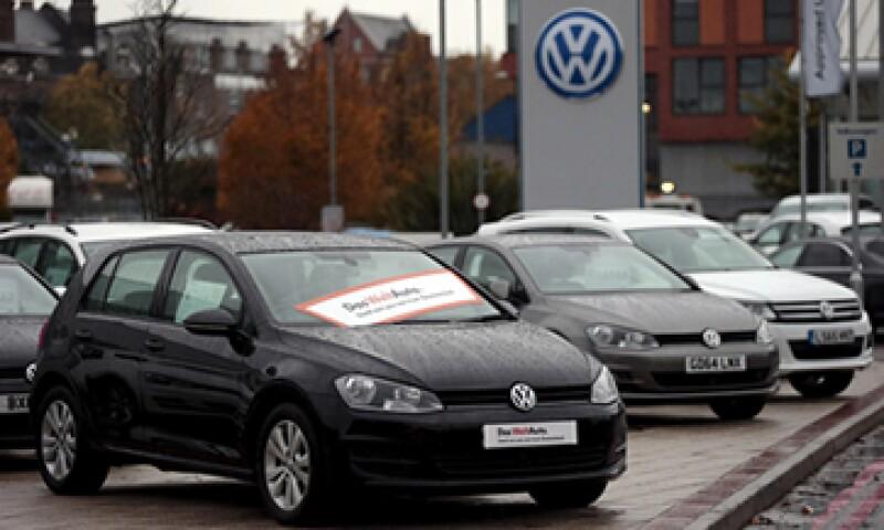 Las ventas en Alemania cayeron 2%, lo que derivo en una mayor pérdida de confianza. (Foto: Reuters)