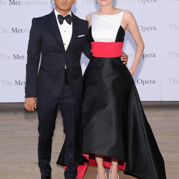 El diseñador Prabal Gurung y Diane Kruger.