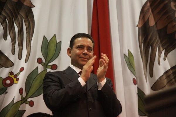 fue gobernador de 2005 a 2010.