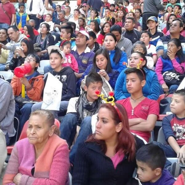 chespirito homenaje estadio azteca 8