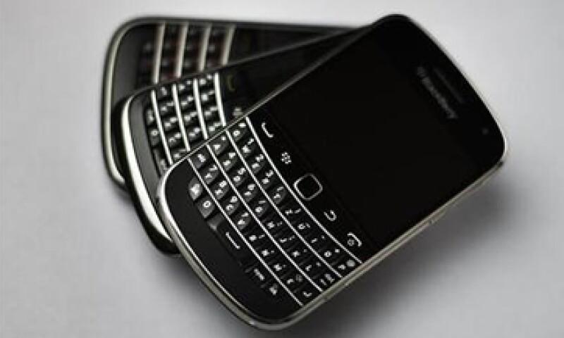 BlackBerry sigue siendo el preferido de gobiernos y empresas por su blindaje contra hackeos. (Foto: Reuters)