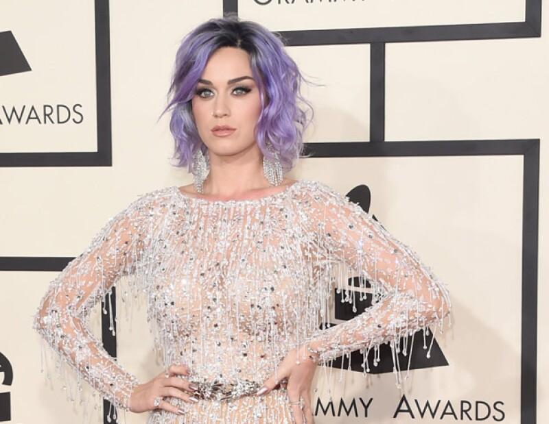 Revive los mejores looks de Katy Perry, descubre por qué la cantante impactó en cada red carpet a la que asistió.