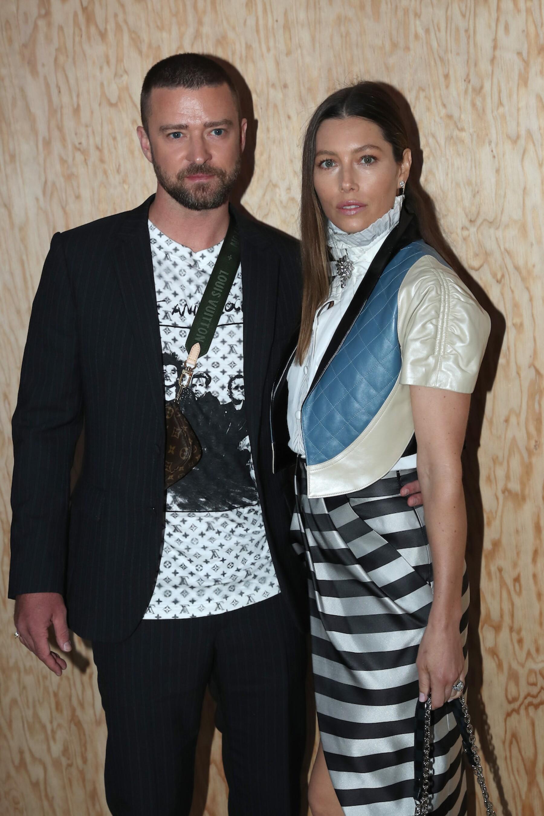 Louis Vuitton : Front Row - Paris Fashion Week - Womenswear Spring Summer 2020