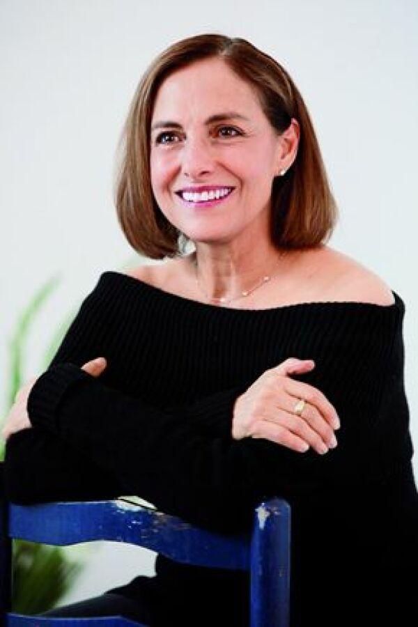 Me es difícil hablar de mí misma y de mi intimidad porque toco terrenos muy personales: Diana Bracho.