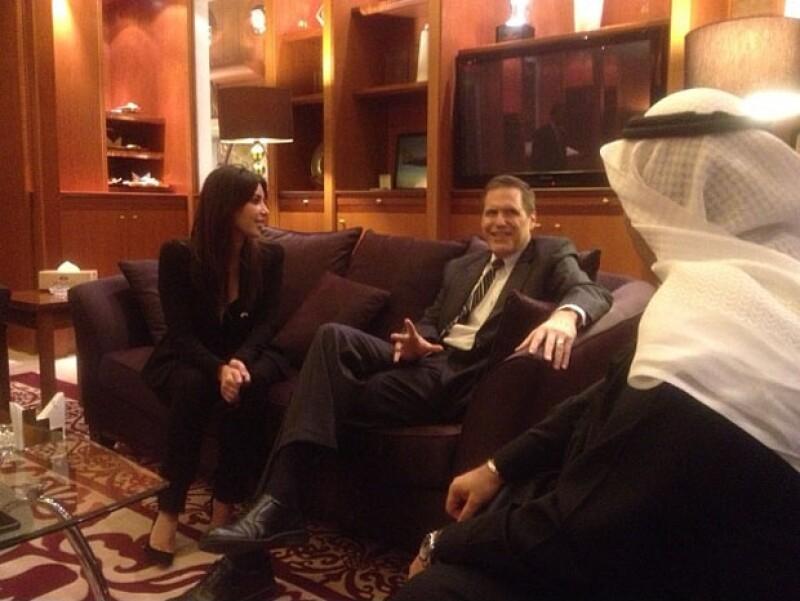 Kim encontró la forma de reunirse con el embajador de Estados Unidos en Kuwait, Matthew Tueller, la pregunta es: ¿De qué habrán platicado?