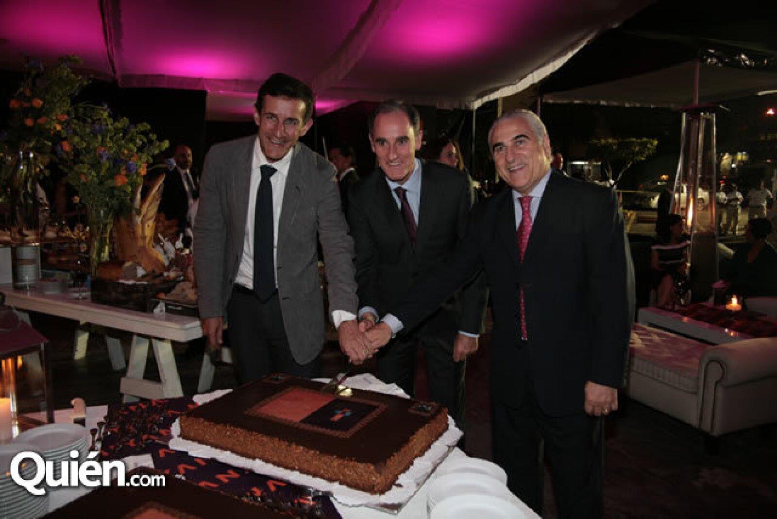 Victor Legorreta, Jaime Alverde y Ángel Losada