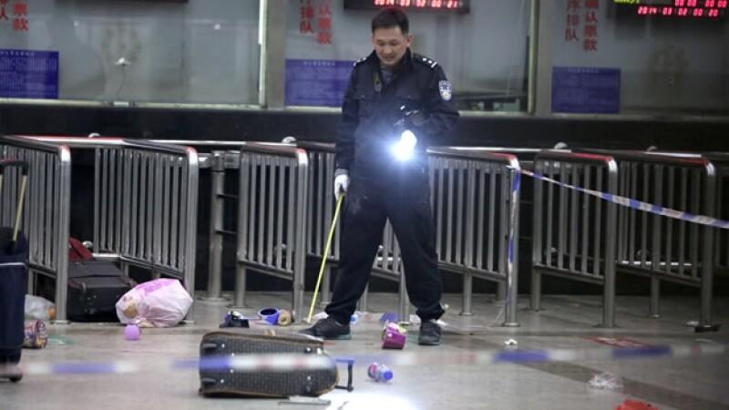 Policía de Kunming China