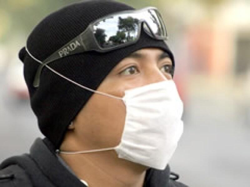 Los costos de la epidemia sensibilizaron a los mexicanos sobre la necesidad de contar con un seguro. (Foto: Archivo)