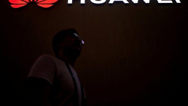 Huawei sanciona a empleados iPhone