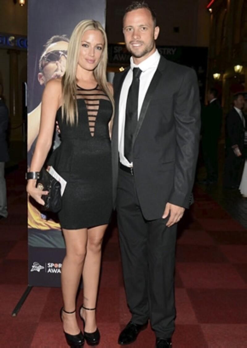 Reeva y Oscar el 7 de febrero de 2013, siete días antes del terrible incidente en el que la modelo perdió la vida.