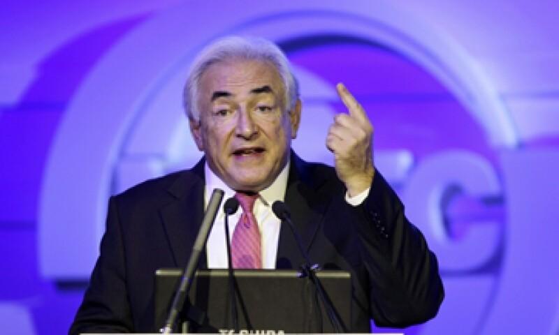 Strauss Kahn dijo que sin una acción efectiva, él ve la posibilidad de una Europa sin crecimiento económico durante cinco o siete años. (Foto: Reuters)