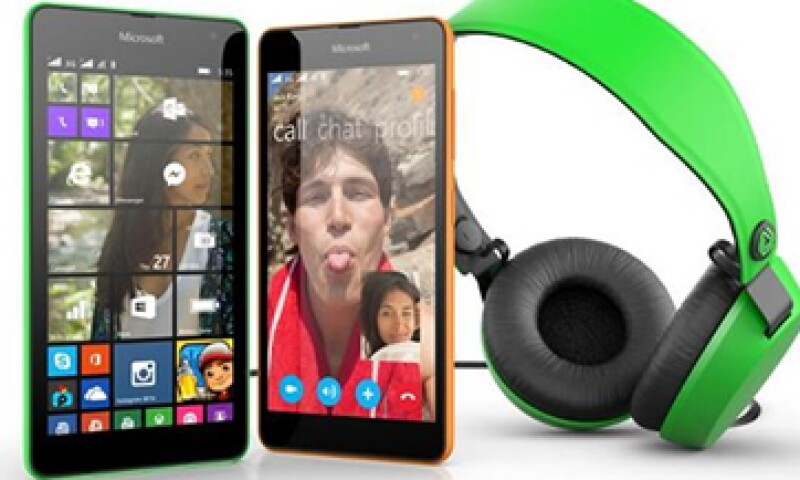 El Microsoft Lumia 535 cuenta con cámara frontal y trasera de 5 megapixeles. (Foto: tomada de Twitter/@lumia )
