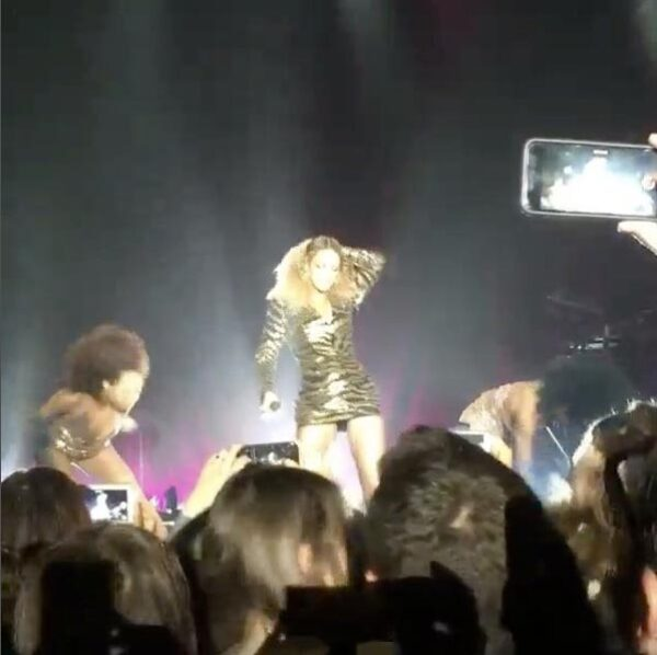 La cantante se apoderó del escenario.