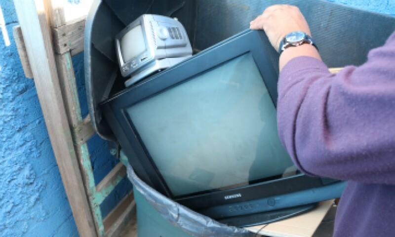 Los televisores análogos no funcionarán si no tienen decodificador o antena digital. (Foto: Cuartoscuro)