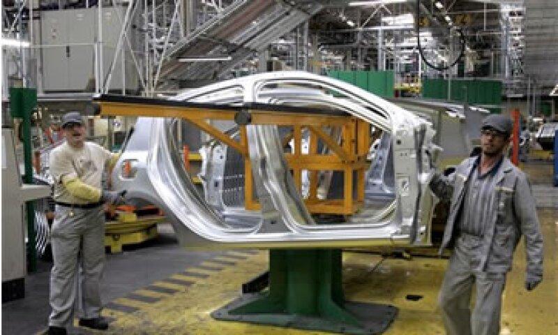 Renault vendió 2.55 millones de autos en todo el mundo en 2012.  (Foto: AP)