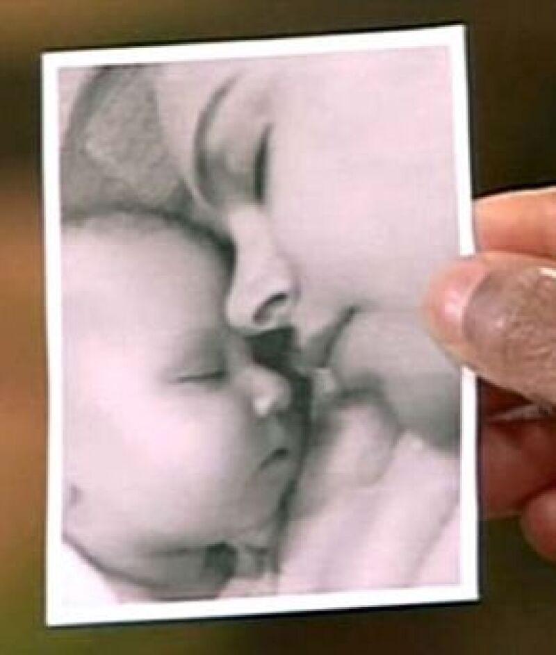 La actriz enseñó una fotografía de Sunday Rose durante el show de Oprah Winfrey.