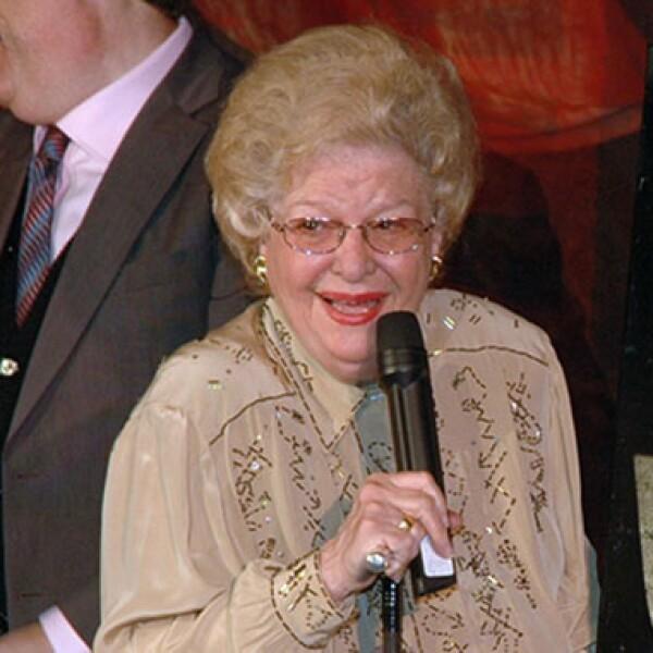 Su nombre real era María Teresa Sánchez González y fue el director Chano Urueta quien sugirió que se hiciera el cambio a Carmen Montejo.