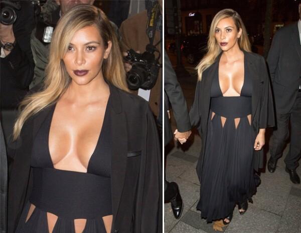 Kim utilizó un vestido Givenchy con escote pronunciado.