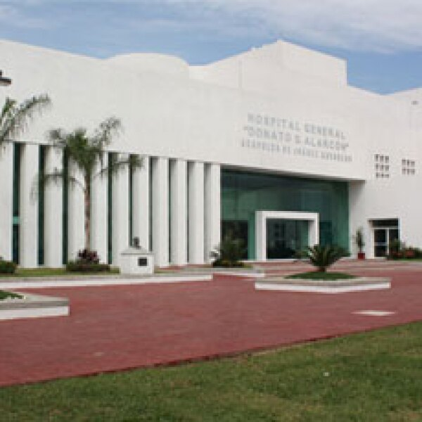 Construido sobre una superficie de 8,000 metros cuadrados el hospital atiende las necesidades medicas de  los habitantes de Ciudad Renacimiento y Acapulco, atendiendo unos 20 nacimientos diarios.