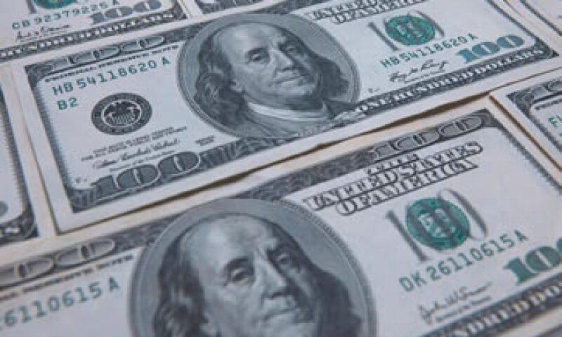 Expertos estiman que el tipo de cambio fluctúe entre 12.85 y 13.02 pesos.  (Foto: Getty Images)